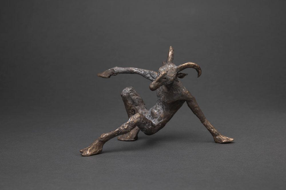 """""""Schafsmann"""", Bronze, 16 x 16 x 8 cm, 2018"""